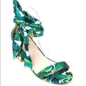 Shoes - Brand New palm print chunky heeled sandal